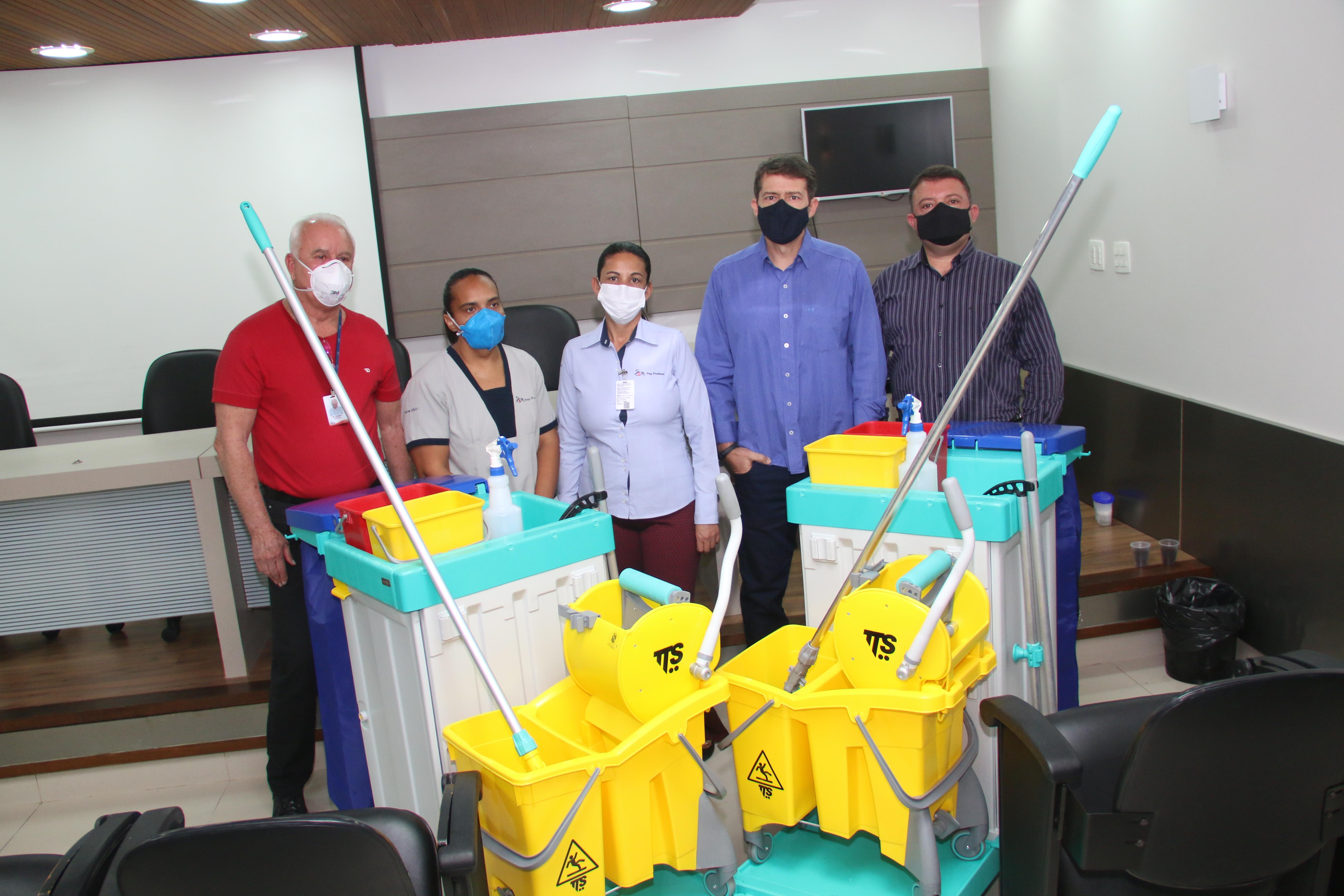UEPP entrega equipamento à Santa Casa